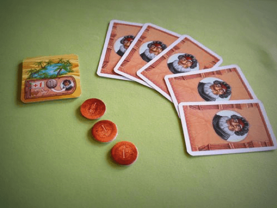 駱駝大賽角色卡與錢幣